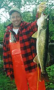 Walleye fishing in Northern Ontario at Ellen Island Camp